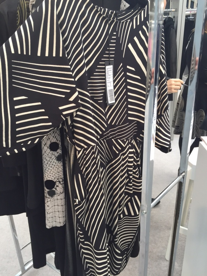 Straight to my all time favourite brand...Isabel De Pedro. A sneak preview of one of my fave AW monochrome dresses. Dare I say roll on Winter?! Haha I'm joking of course...